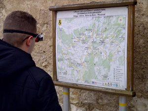 Enzo, 14 ans, reprend une vie normale avec les lunettes eSight