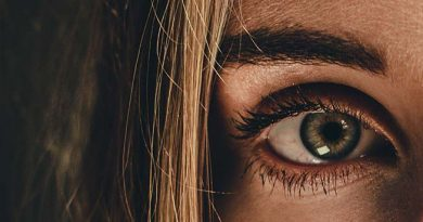 Photo de l'œil d'une jeune fille